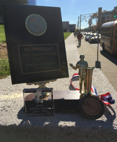 Debate team continues to bring home trophies