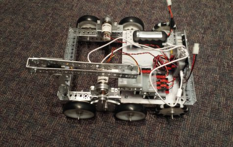 Robotics Club continues to expose students to world of programming language
