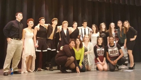 Junior class fundraiser debuts students' talents; Greer, Scangarella take home the gold