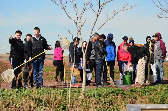Marine Biology and AP Biology Classes Take Trip to Meadowlands Environmental Center