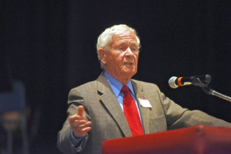 Holocaust Survivor speaks at Becton