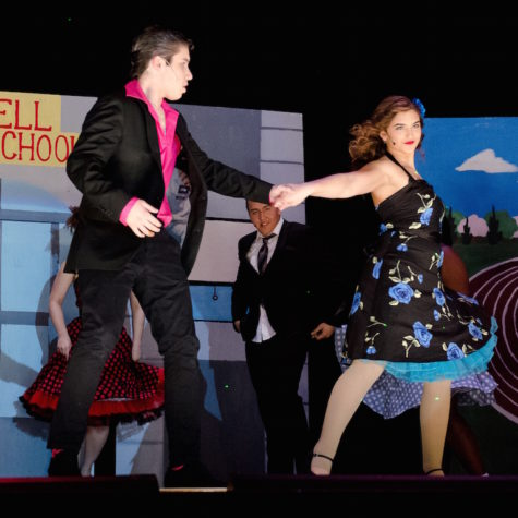 Student production of 'Grease' gets positive reviews