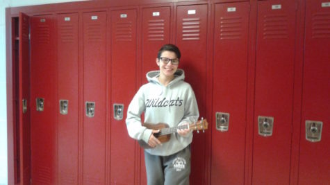 Junior Zuwatsky to play her ukulele at spring concert