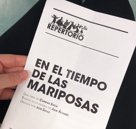 Spanish III students see theatrical production of En El Tiempo de Mariposas