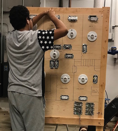 Senior Jimenez completes hands-on internship at Becton