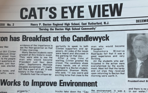 Clinton has Breakfast at the Candlewyck